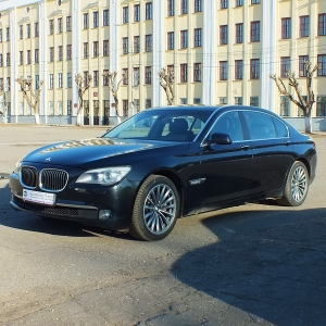 BMW 7-series F02 Long